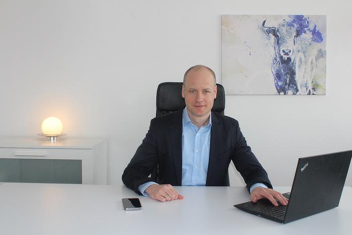 Finanzberater Daniel Wenzel