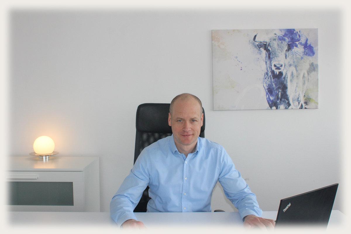 Finanzplaner und Finanzberater Daniel Wenzel